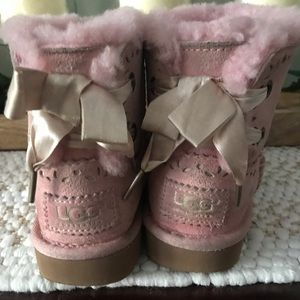UGGs Dixie Floral Perf